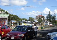 bus-stop-quatrebornes-cities-mauritius