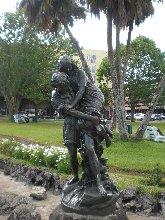 statue-paul-virginie-townhall-garden-curepipe